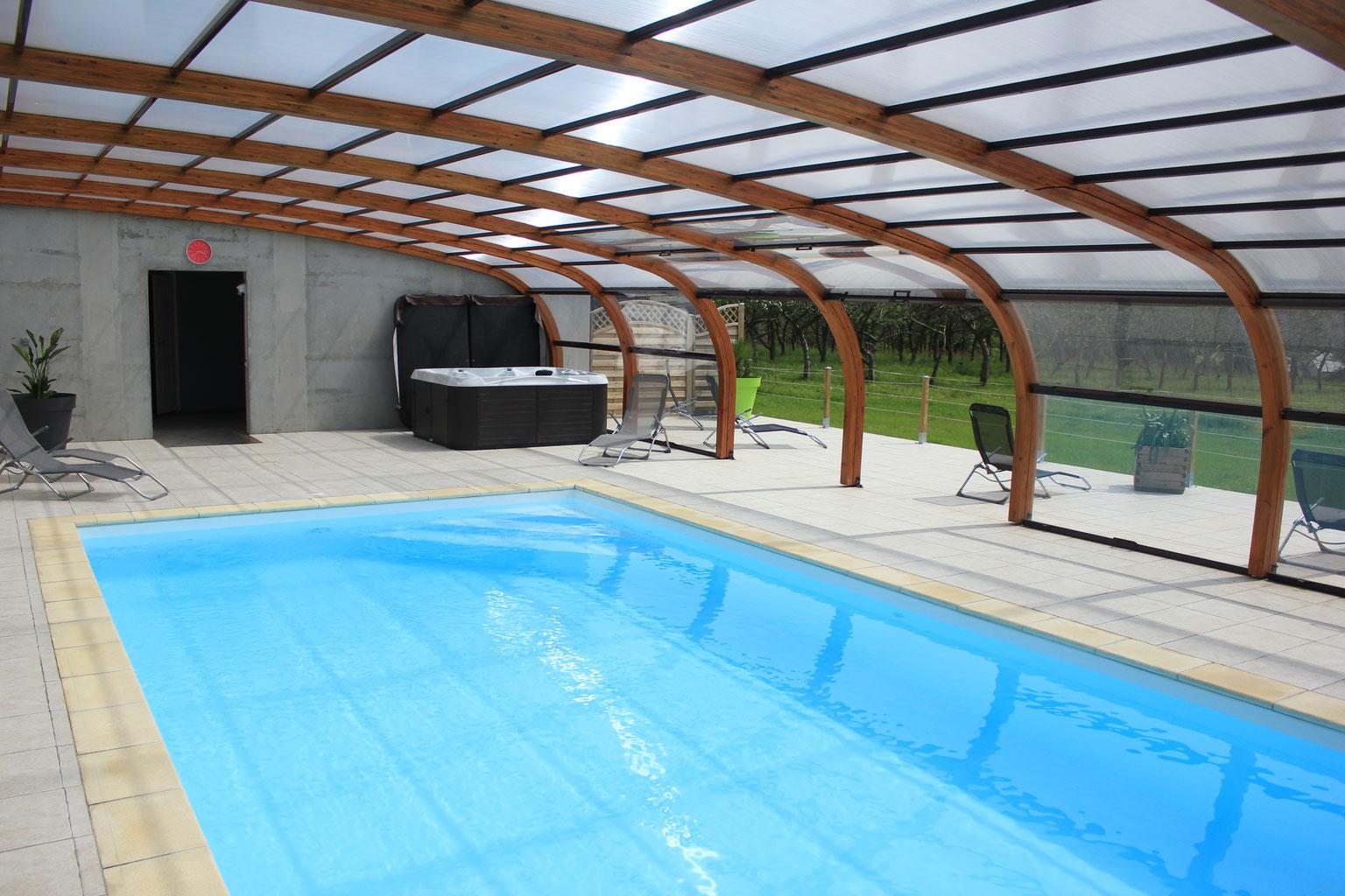 Gites avec piscine en normandie la vall e f erique - Gite avec piscine couverte normandie ...