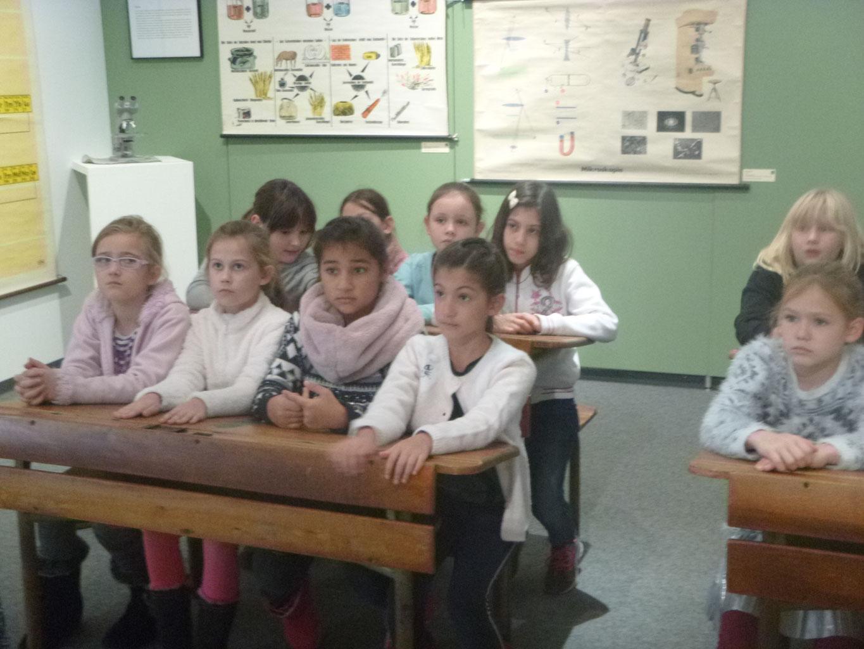 Wie War Schule Früher
