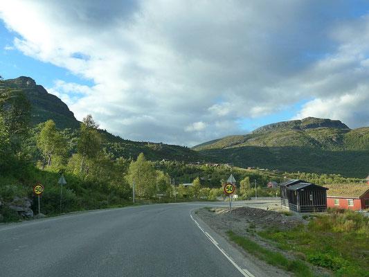 Straße nach Vang