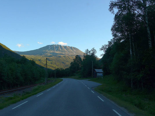 Richtung Rjukan mit Blick auf den Gaustatoppen