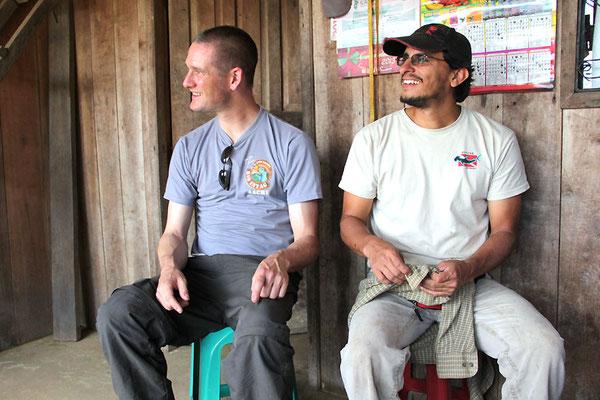 Pingo und José Cueva von der AACRI machen Pause