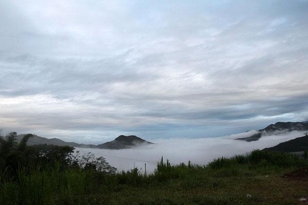 Nebel am Morgen nach einem frühen Aufbruch