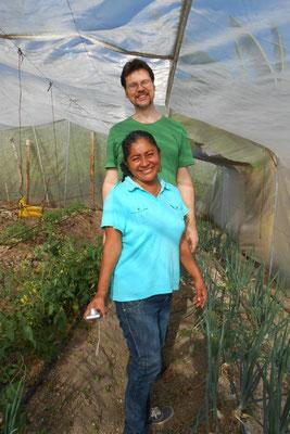 Josalinda + Gerrit bei den Tomateb