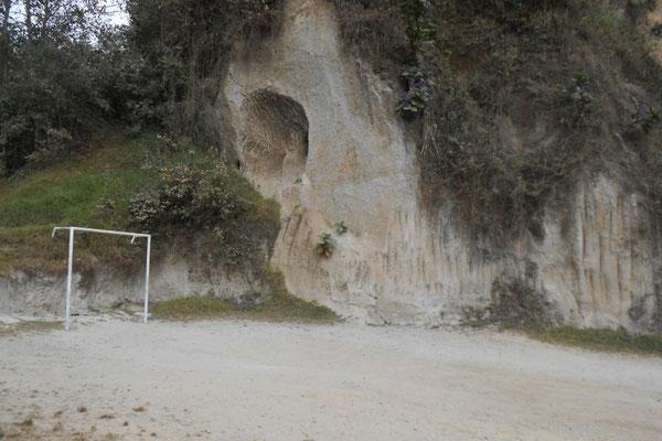 Fussballplatz Corral Cerande