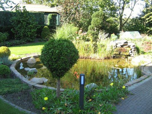 Teichanlagen garten und landschaftsbau bauhaus for Bauhaus gartenpool
