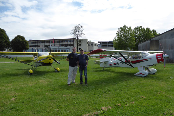 Two happy KITFOX owners