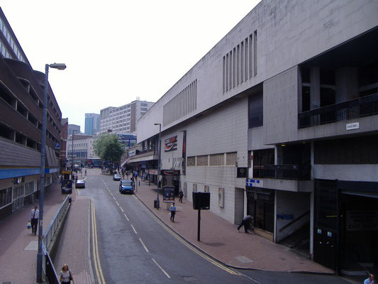 Dale End, looking towards the High Street. Image by erebus555 on Wikipedia, licensed for reuse under Creative Commons Attribution ShareAlike 3.0 Unported License. See Acknowledgements.