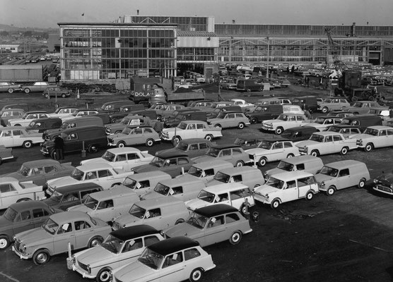Longbridge car plant 1960 - image from the Birmingham Mail