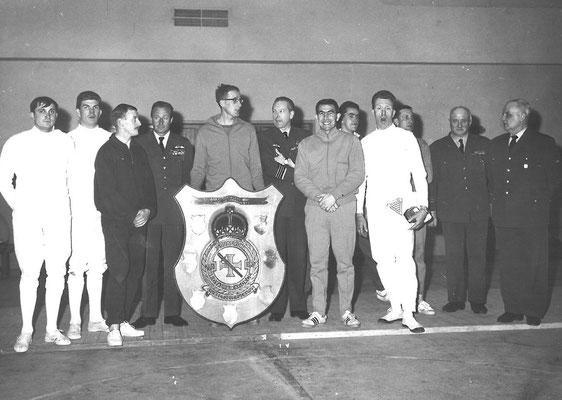 1968 4e et MAitre Garin à droite