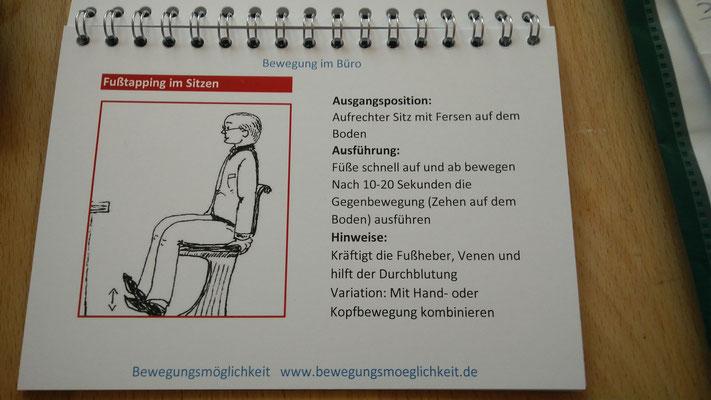 Beispiel für eine Kräftigungsübung (Fußtapping)