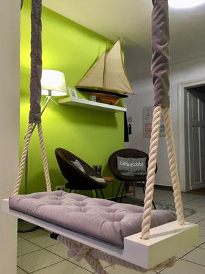 Lounge mit Ideenschaukel - Villa Becher