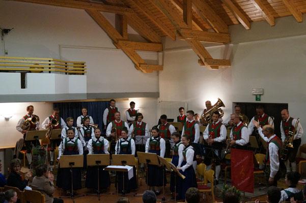 Musikkapelle Weißenbach im Ahrntal beim Frühjahrskonzert