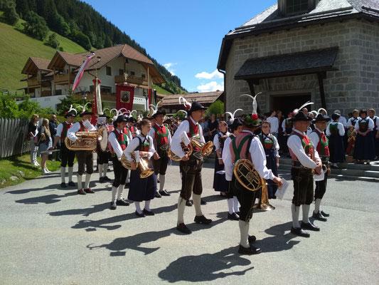 Musikkapelle Weißenbach bei der Jakobiprozession