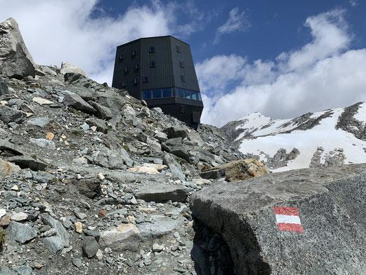 Schwarzensteinhütte am 14. Juli 2020