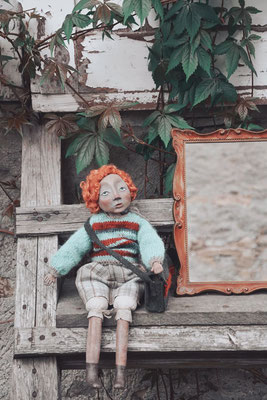 Bambola artistica in pasta di legno ispirata a Janet Frame