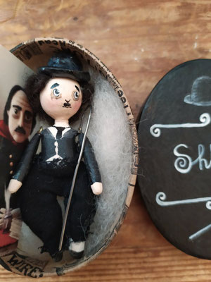 Bambola da taschino di Charlie Chaplin