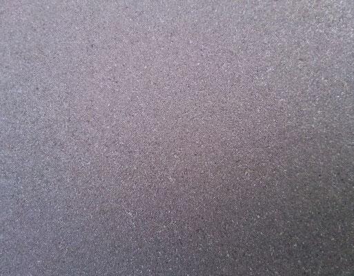 Métal ébavuré non peint, sablé grain moyen, protection temporaire corrosion ou vernis