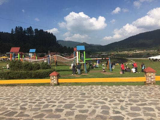 Transportes Escolares Alvarado en Valle del Silencio