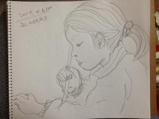 【工作中の下子】 handicraft -youngest daughter (2014.4.6SUN)