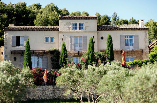The traditional Provençal villa of Hameau des Baux
