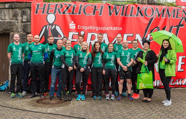 Das Mannschaftsfoto unserer Starter beim 12. Firmenlauf Erzgebirge