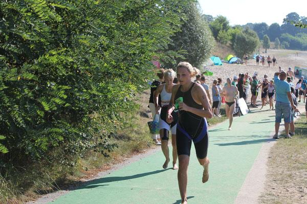 Anna Melech, 3. Platz Sprintstaffel beim KnappenMan 2016