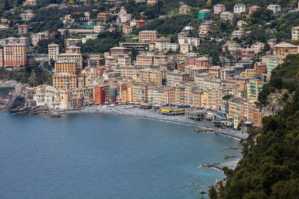 It takes just a two hours walk to get this view on Camogli.