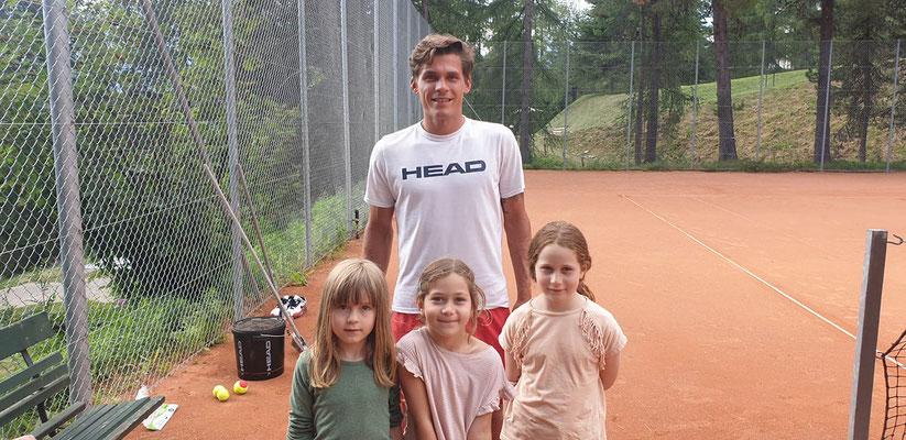 Tenniscamp mit dem mehrfachen Deutschen Meister Daniel Masur in St. Moritz/Pontresina