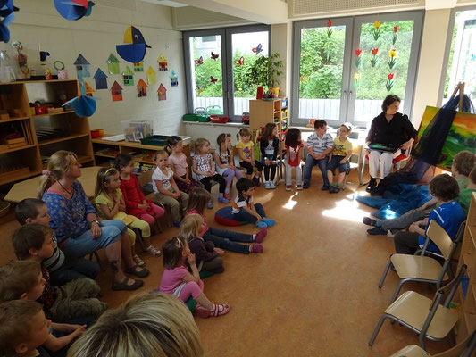 Märchenlesung im Kindergarten St. Margaretha in Heroldsberg …