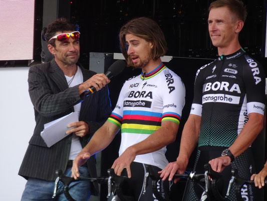 Team Bora-Hansgrohe mit dem Weltmeister Peter Sagan