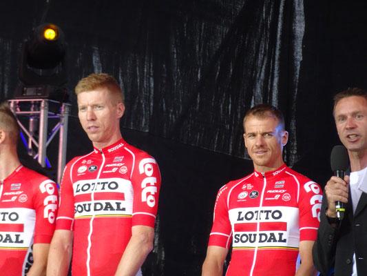 """""""Siebi"""" (Marcel Sieberg) und der Grandtour-Dauerfahrer Adam Hanson (fährt hier seine 18. Grandtour in Folge)"""
