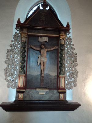 """Altarbild mit Kruzifix"""