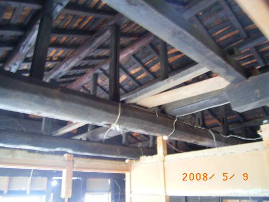 屋根の改修は垂木から上部のみ