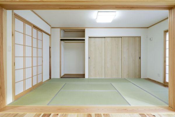 畳の部屋を明るく 憩いの部屋に。
