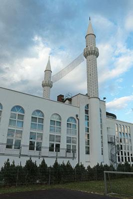 Emir-Sultan-Moschee in der Mainzer Straße