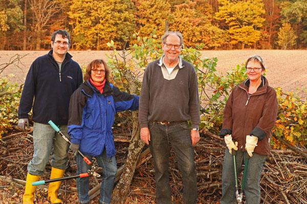 Vier eifrige Helfer/innen (von links): Isfried Petzenhauser, Stefani Klein, Gerhard Schweigert, Ulrike Borchard