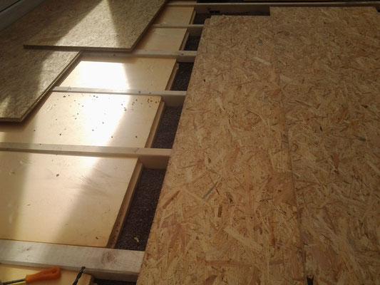 Unterbau aus Staffeln, Terrassenlager, CW 2000 & OSB 3- Platten
