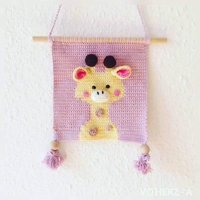 Wandbild Giraffe rosa von Vo-Herz-Ä