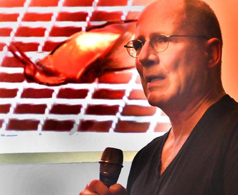 Berliner Ornithologe und Vogelschutzexperte hält Fachvortrag an der Burgwaldschule