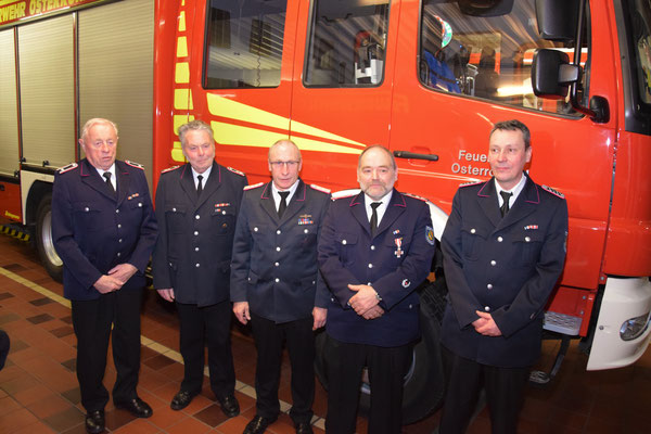 Die geehrten Kameraden  Foto: Feuerwehr Osterrönfeld