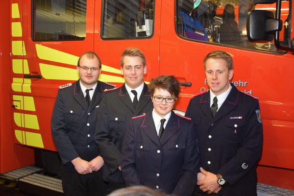 Die beförderten Kameraden  Foto: Feuerwehr Osterrönfeld