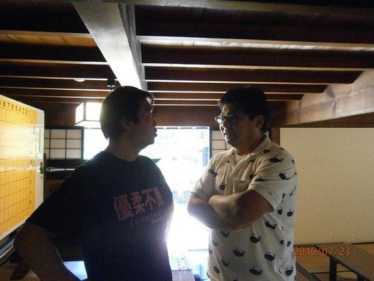 教室運営の雑務を引き受けてくださっている松本先生(左)筒井先生と仲良し♡