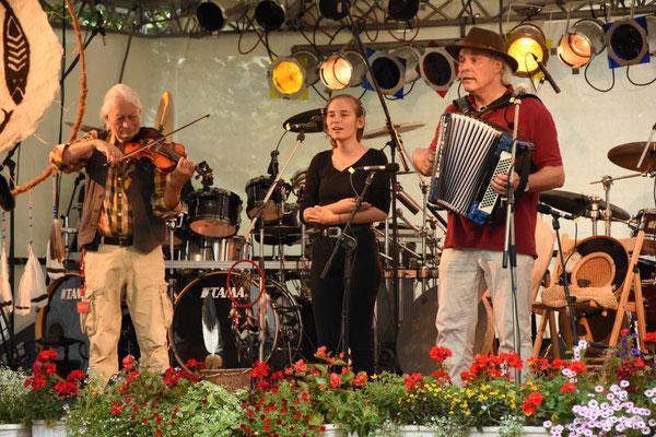 Unmada & Band