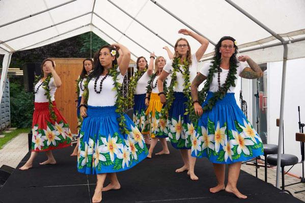 Hawaiianische Tanzgruppe