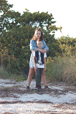 Art God & Love Inc. Copyright © 2016  |  Photoshoot: Elijah & Family  |  Location: Key Biscayne, FL, United States.