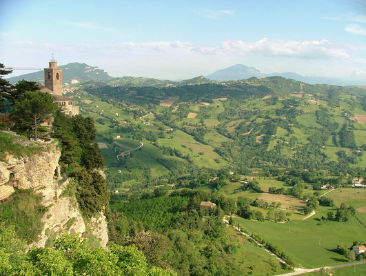 Mooie middeleeuwse dorpjes mat prachtige vergezichten