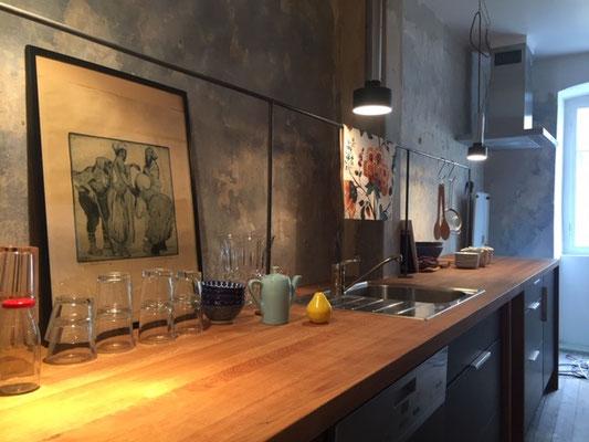 Küchenzeile im Design-Apartment