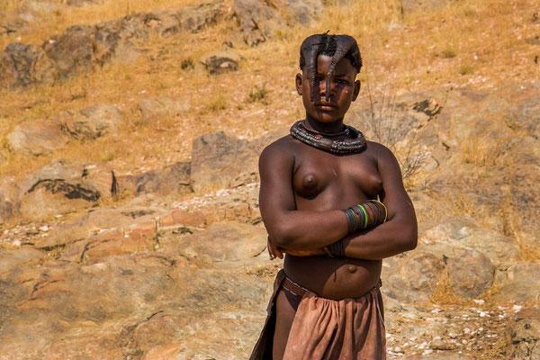 Matthias Gößmann: Himbamädchen auf dem Van Zyl's Passs; Kaokoveld; Namibia