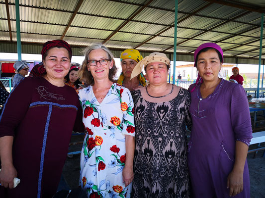 usbekische Frauen
