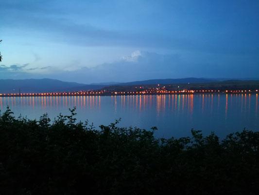 am gegenüberliegenden Seeufer, Abendstimmung